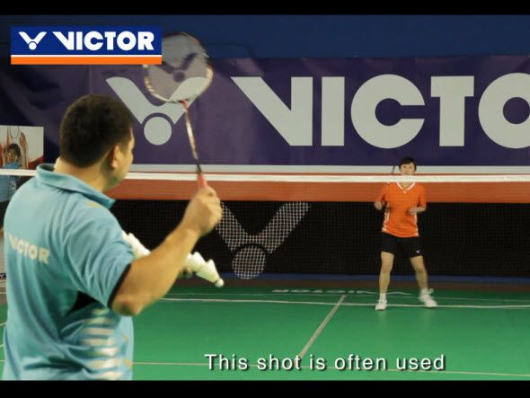 Basic backhand tactics (2):drop shots