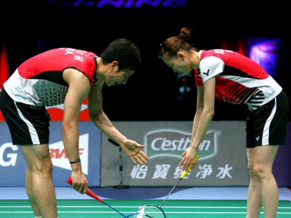 BADMINTON RULES (6):TOSS